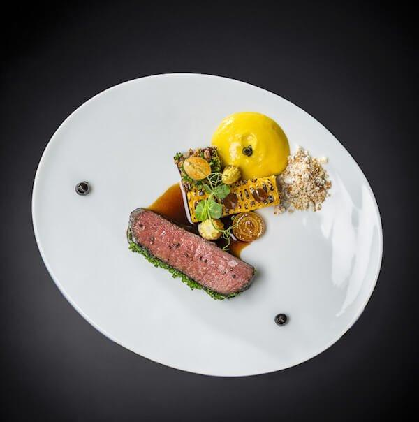 Schulterscherzel vom japanischen Beef   Signature Dish   Christian Bau